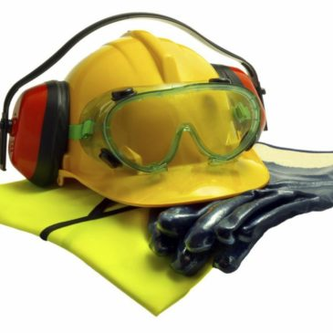 Worker Dies While Cutting a Metal Tank